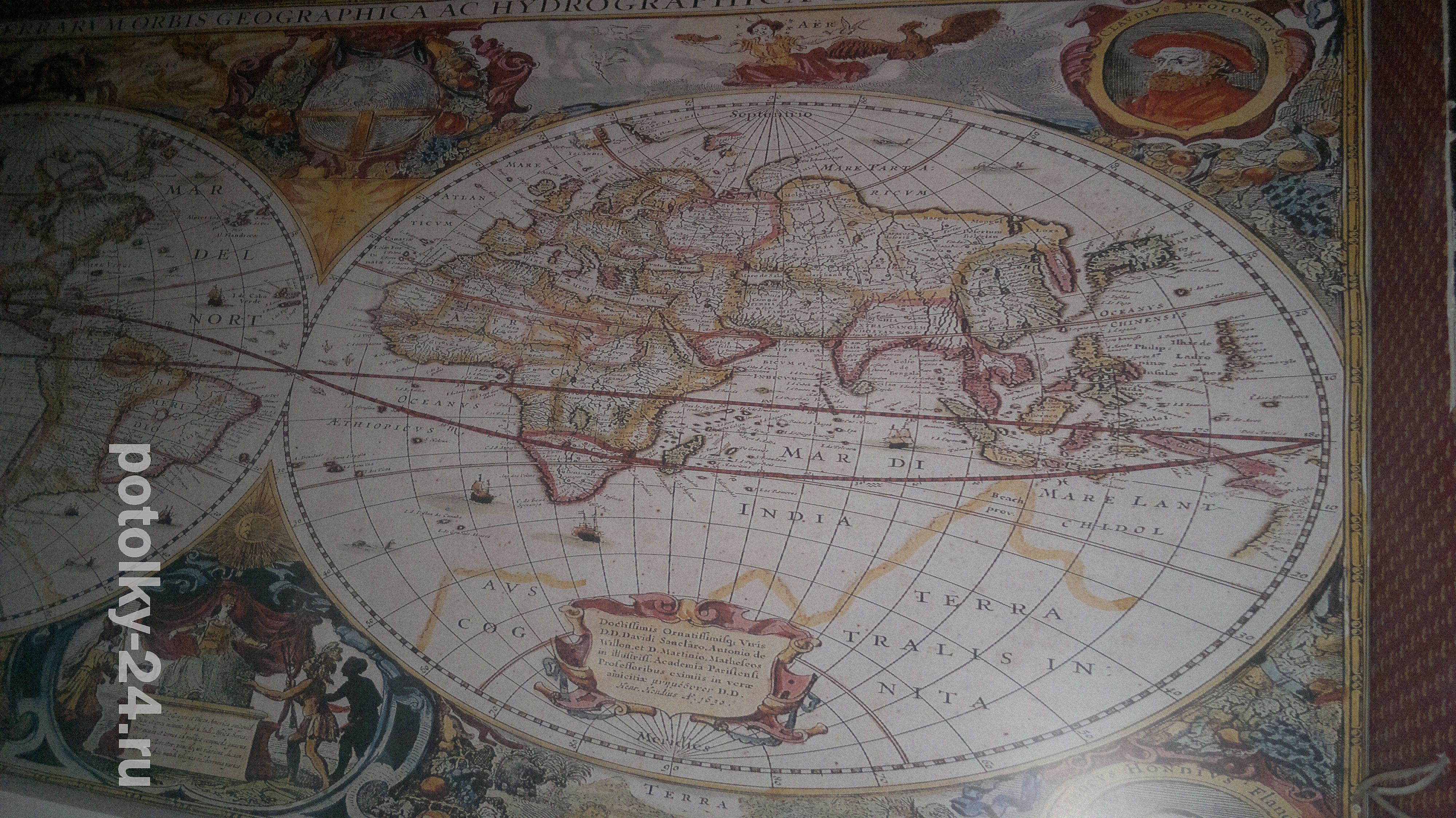 Карты на потолке
